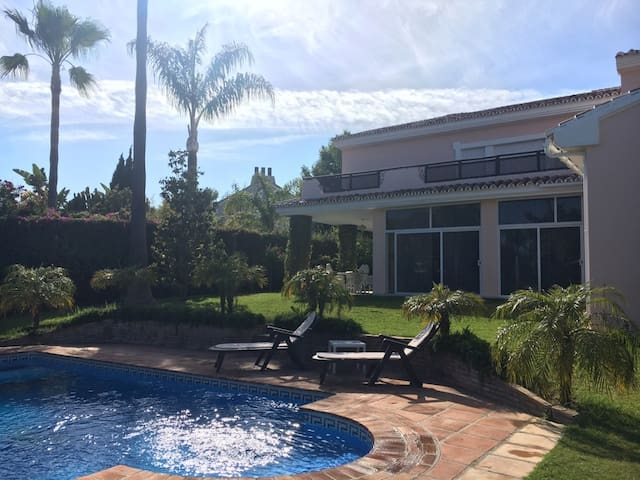 Luxury House with Swimming Pool at Guadalmina Baja