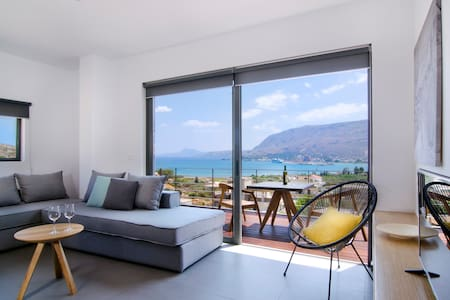 Seametry Sea View Apartment - Souda