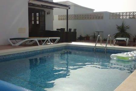 Villa MARVYRA in Costa Teguise for - Costa Teguise
