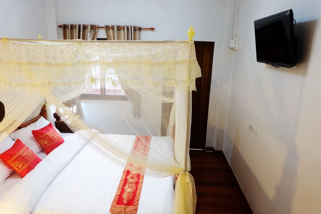 Gland Deluxe Room with Flat-screen Smart TV