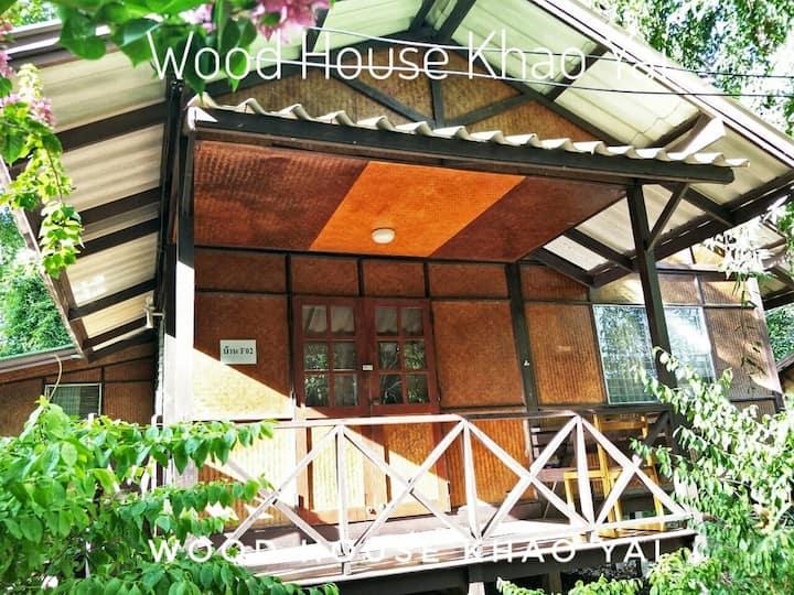 Woodhouse Khaoyaiโฮมสเตย์ไม้สำหรับ 4 ท่าน Single11