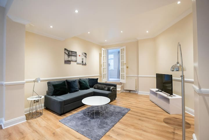 Luxury 2 Bedroom Apartment In Central London