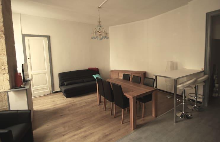 T2 lumineux bordeaux chartrons apartments for rent in for T2 bordeaux