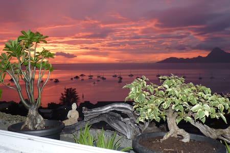 Balcons du Lotus - Papeete