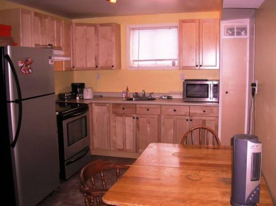 Coquette petite chambre chambres d 39 h tes louer laval - L esprit cuisine laval ...