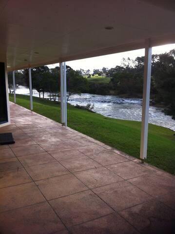 Waitangi River Lodge  - Haruru - House