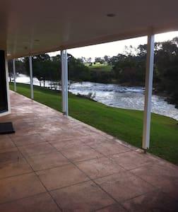 Waitangi River Lodge  - Haruru - Casa