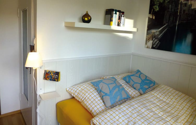 Charming Serviced Studio Apartment
