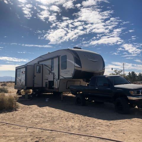 Desert Skate Ranch 3 bed RV