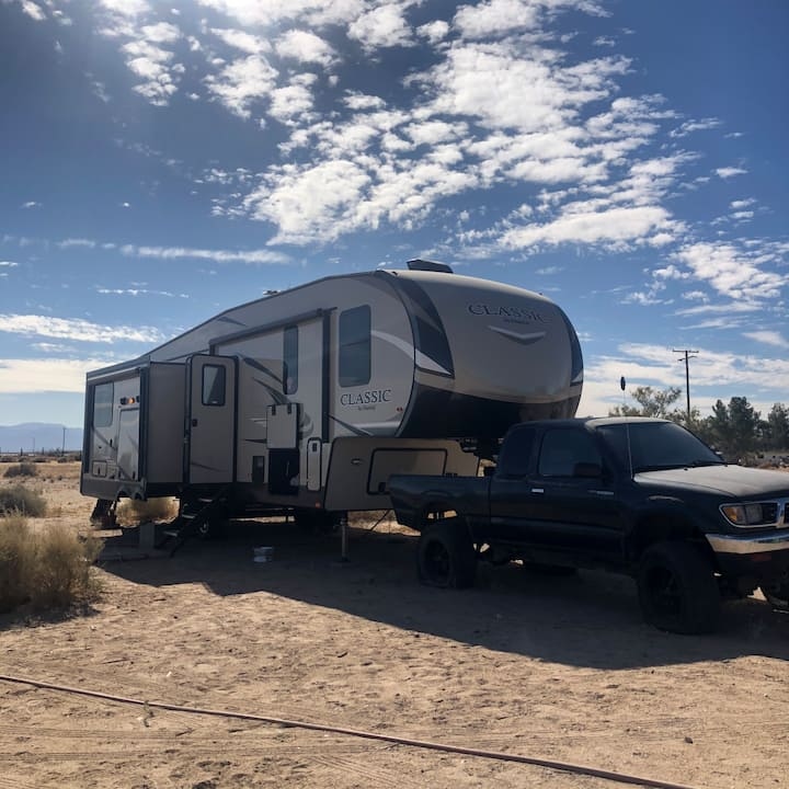 Desert Skate Ranch 3 bed RV