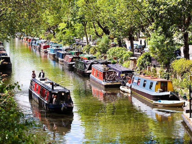 Stunning Little Venice / Notting Hill canal side