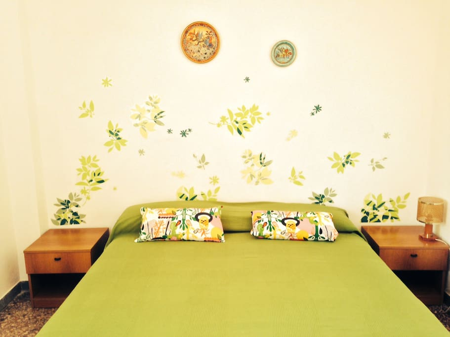 double room with natural set