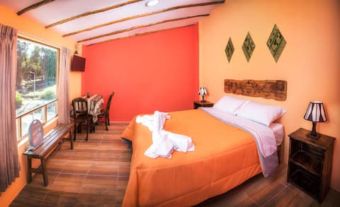 Double room in the heart of Yanque @LeFoyerColca