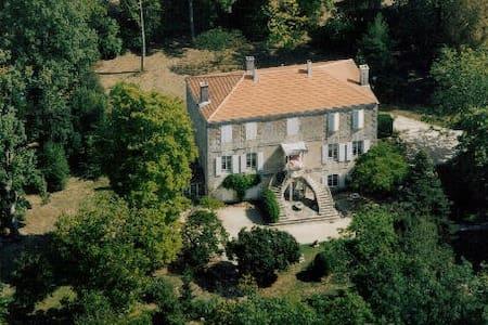 Manoir Angle  - Blanzay-sur-Boutonne