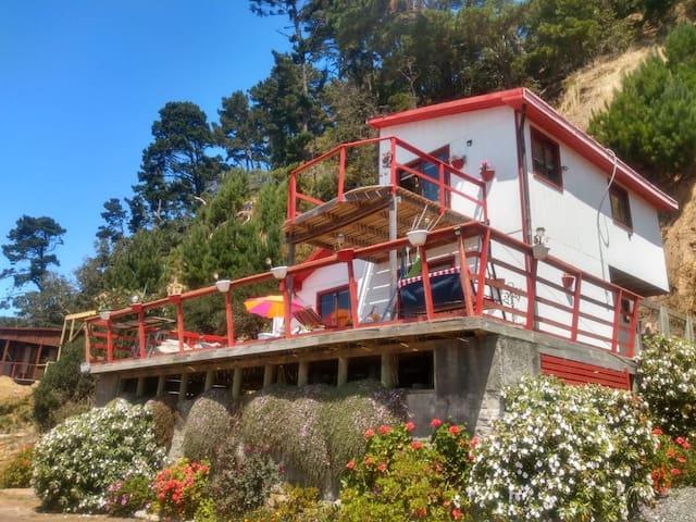 Casa junto al mar en Coliumo