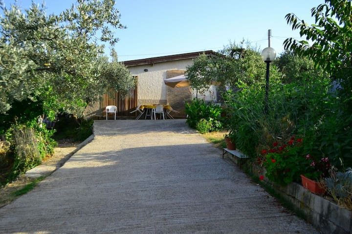 A Cosy house in the countryside  - San Giovanni Gemini - Hus