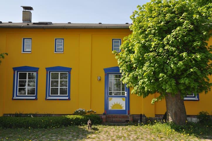 Ostseenähe.Ferienwohnung im Grünen/ Bauernhaus