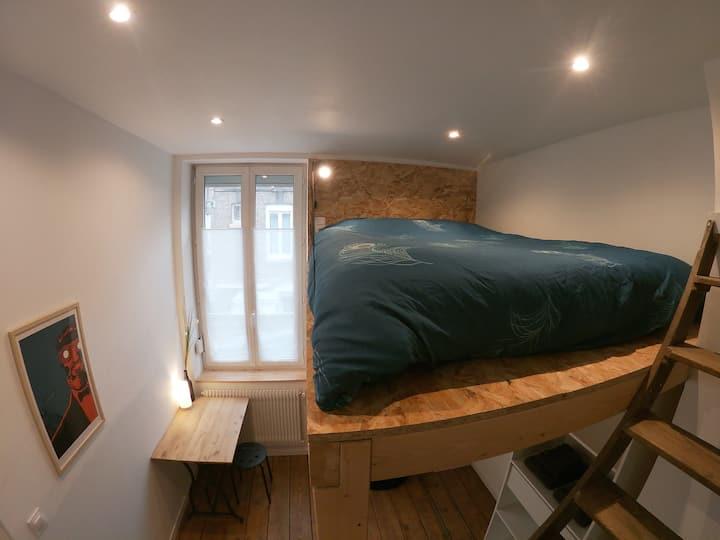 """Chambre #2  """"Chez Muguette"""" proche gare et centre"""