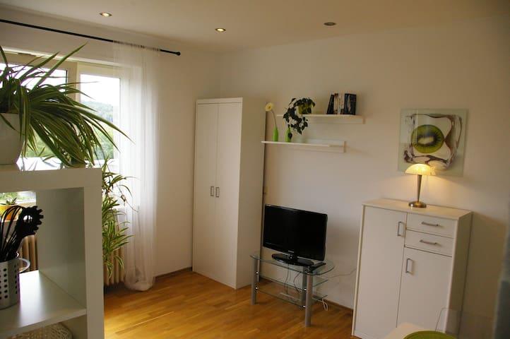 Wohnung Universität - Homburg - Lägenhet