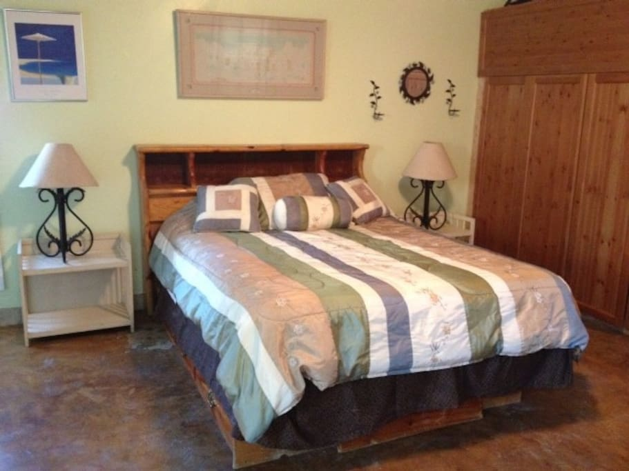 Queen size bed with A new mattress added May 2016