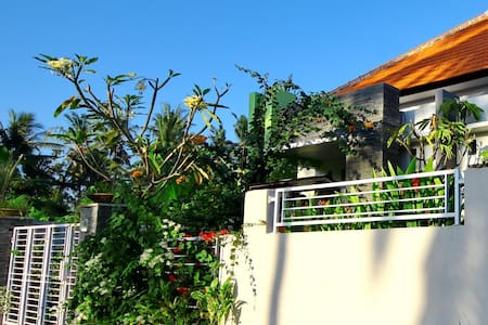 3BR-Private House Near Surf Beach - Gianyar