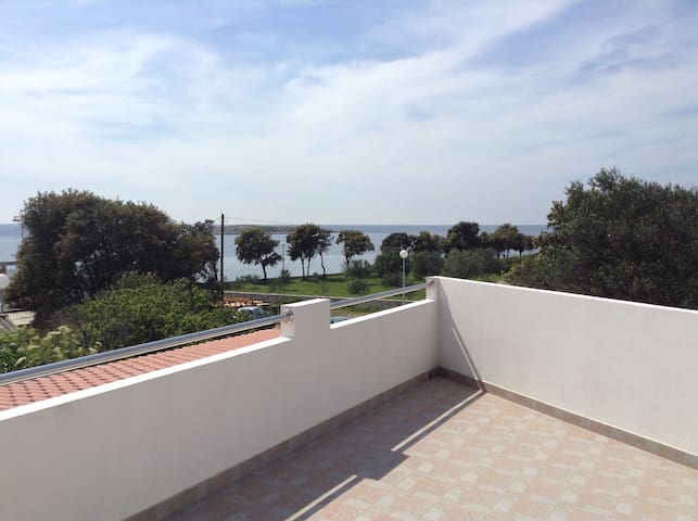 Big apartment with terraces with sea view Rosanda