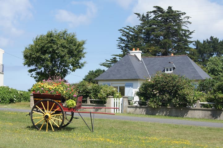 Petite maison proche des plages - Trévou-Tréguignec - House