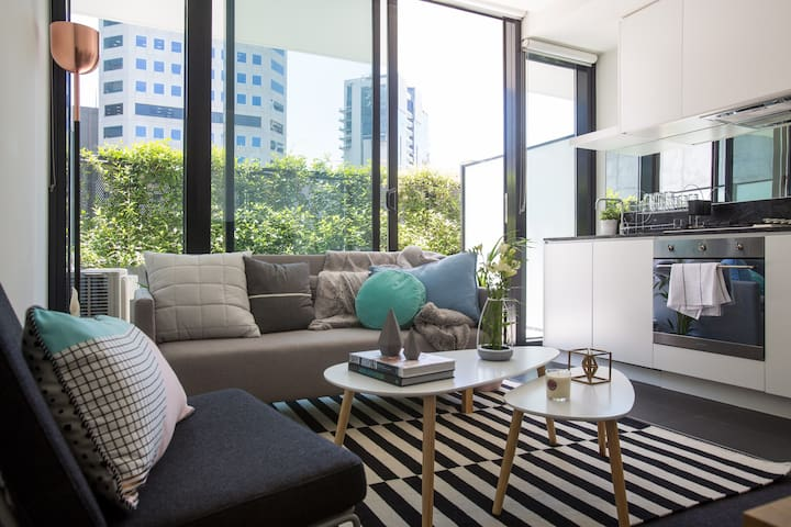MODERN CITY 1BR , WIFI, FREE PARK! - South Melbourne - Pis
