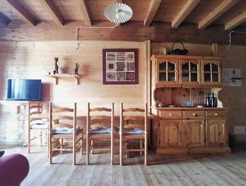 Accogliente appartamento stile chalet in legno