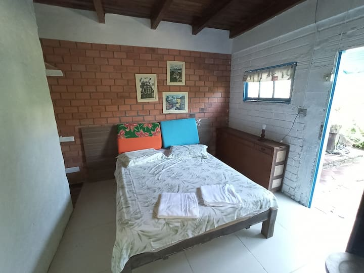 Hostel da Heloísa - Suíte Casal Externa