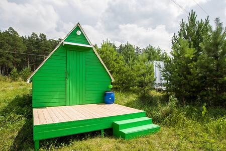 Бюджетные летние домики рядом с бором и озером - Novosibirsk