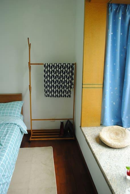 卧室 bed room