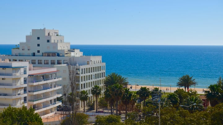 Apartment with amazing view to the beach
