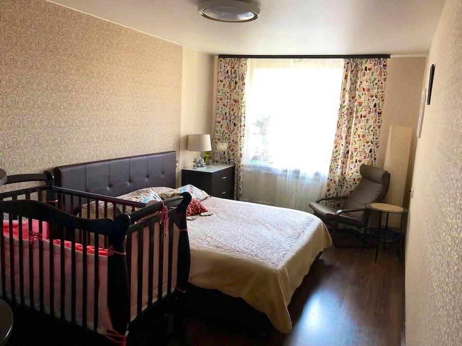 Кровать 180х200, детская кроватка 60х120