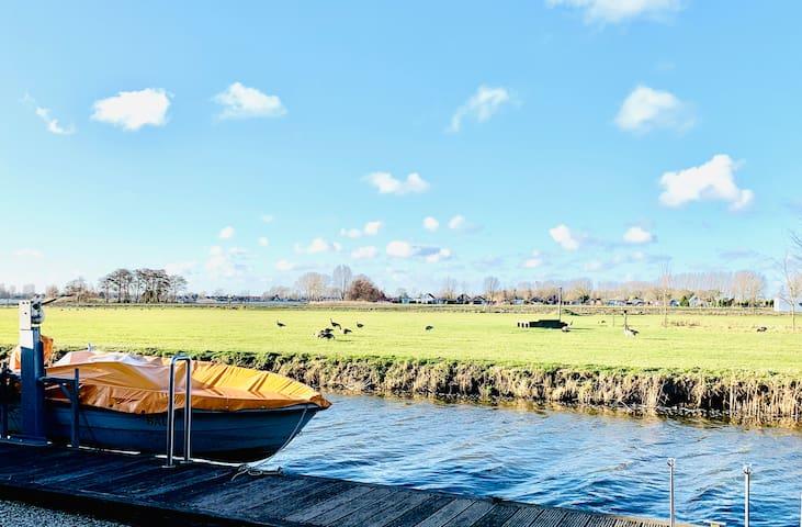 Ferienhaus mit Steig Ijsselmeer-Ideal für Angler!