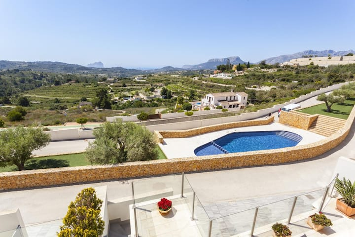 LLEBEIG house with beautiful views
