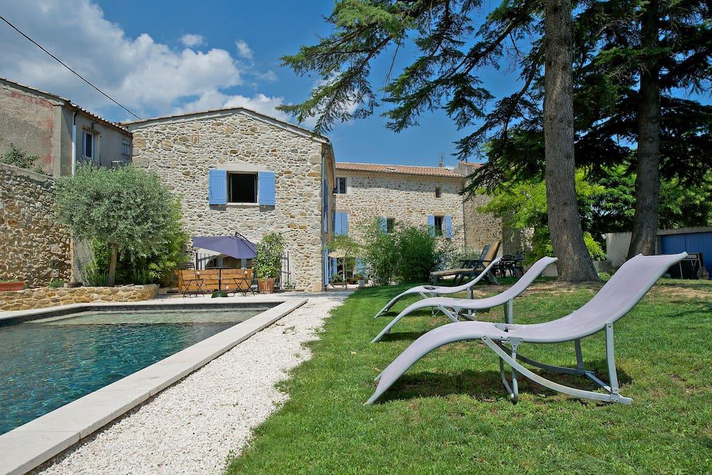 Mas en pierres avec terrain et piscine h user zur miete for Camping en languedoc roussillon avec piscine