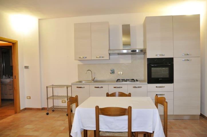 Adorabile appartamento indipendente - Rapolano Terme - House