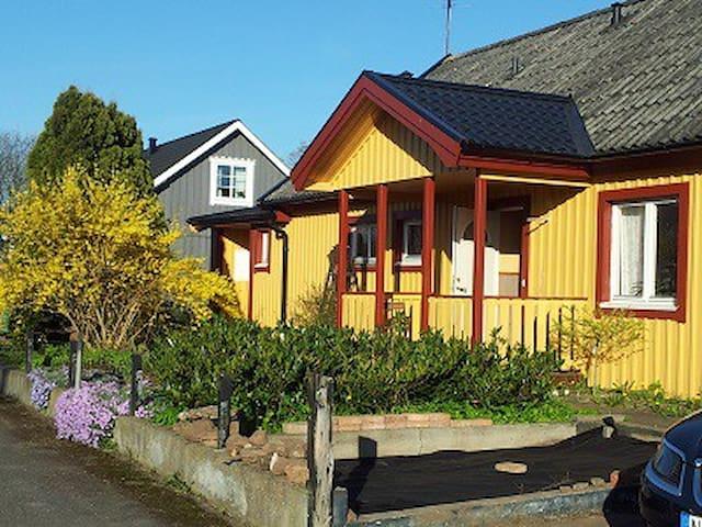 Rum i villa på fantastiska Öland - Mörbylånga N - Villa