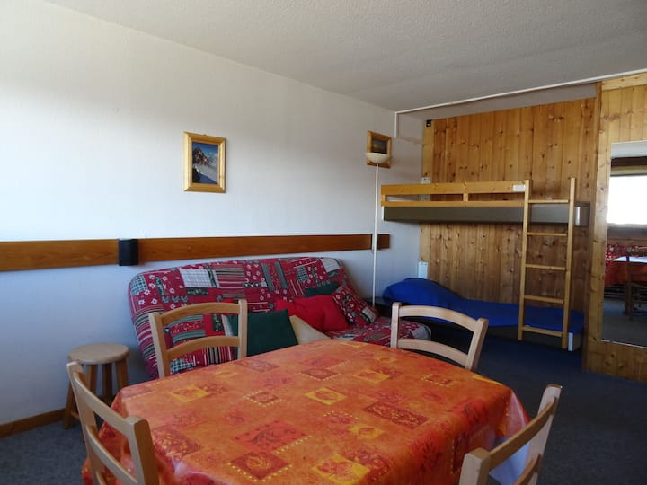 Large studio for 4 persons in Arc 1600 next to the slopes and close to shops