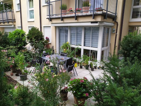 """room nearby """"Messe Riem"""" - quiet and nice"""