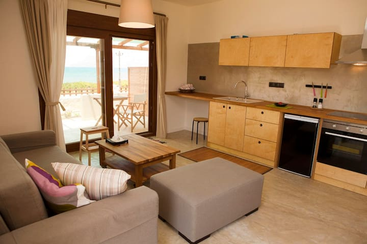 HORIZONTE seafront suites B