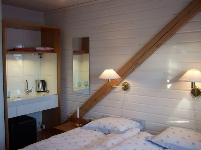 B&B-rum 3, Heleneborg, Tavelsjö - Umeå - Bed & Breakfast