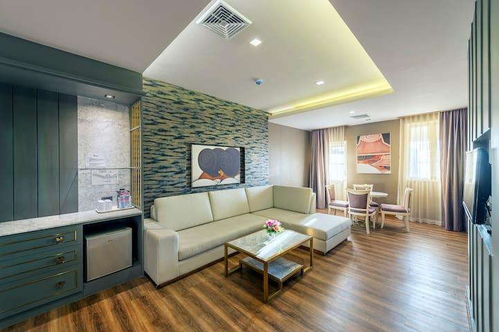 2 Bedroom Suite near Khaosan Road + Free Breakfast