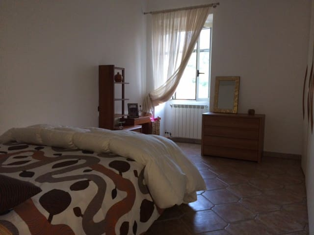 apartment with 2bathrooms in centre - Roccascalegna - Byt