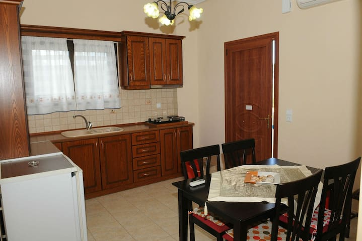 Toulas 2 bedroom apartment