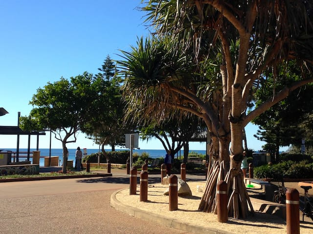 Bargara Beach Retreat - Bargara - Bed & Breakfast