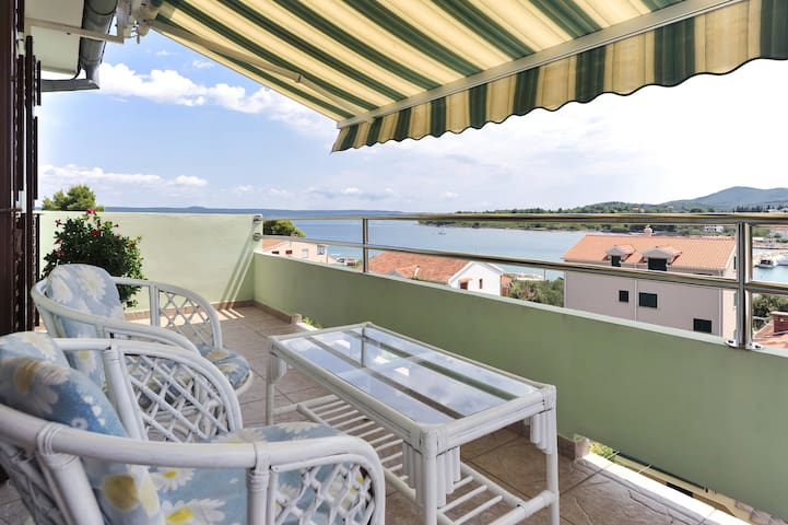 Great getaway apartment - Ždrelac - Huoneisto