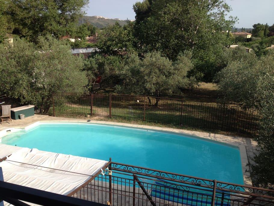 Maison avec piscine dans la campagne proven ale houses for Piscine 2 alpes