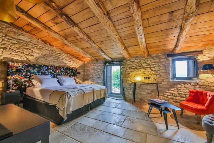 In a butterfly world - Martignargues - Bed & Breakfast